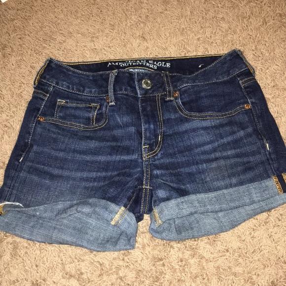 American Eagle Outfitters Pants - American Eagle size 4 denim midi shorts